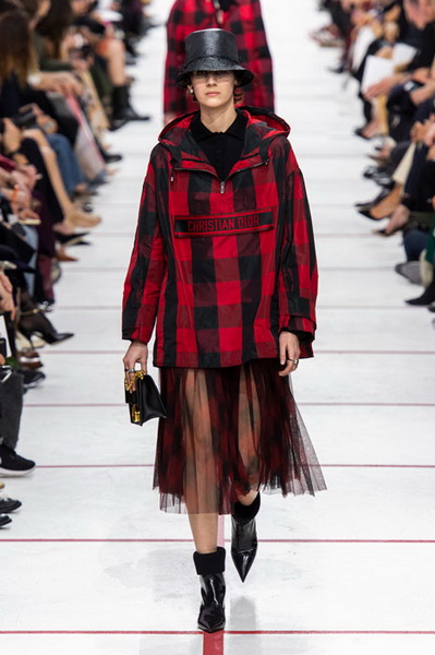Dior осень-зима 2019 (83601-Dior-AW-2019-14.jpg)
