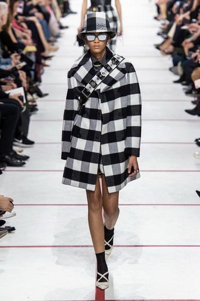 Dior осень-зима 2019 (83601-Dior-AW-2019-15.jpg)