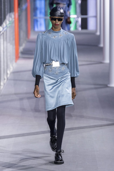 Louis Vuitton осень-зима 2019 (83626-Louis-Vuitton-AW-2019-14.jpg)