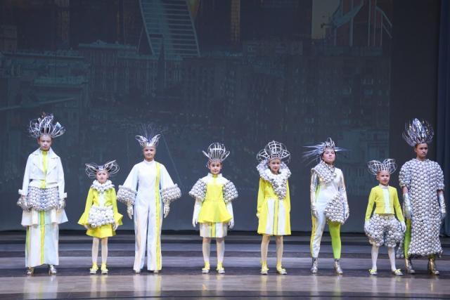«Золотая игла»: финал XXIII конкурса детских театров моды и студий костюма (84041-zolotajaigla-03.jpg)
