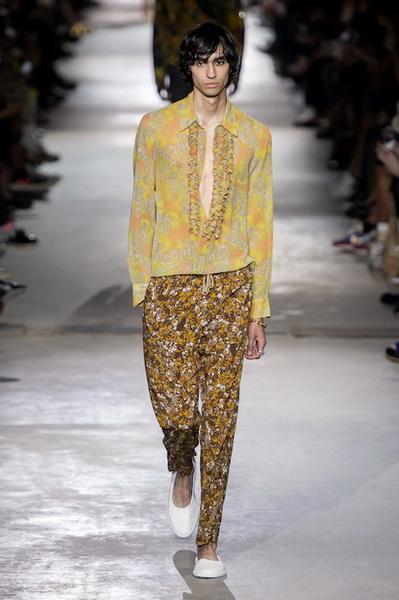 Dries van Noten Menswear весна-лето 2020 (84693-Dries-Van-Noten-Menswear-SS-2020-11.jpg)