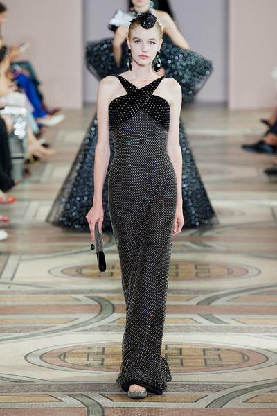 Armani Prive Haute Couture осень-зима 2019-2020 (85008-Armani-Couture-FW-2019-16.jpg)