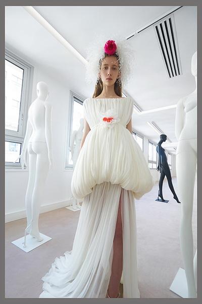 Giambattista Valli Couture осень-зима 2019 (85059-Gimbatista-Valli-Couture-FW-2019-04.jpg)