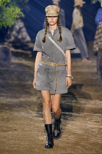 Dior весна-лето 2020 (85999-Dior-SS-2020-04.jpg)