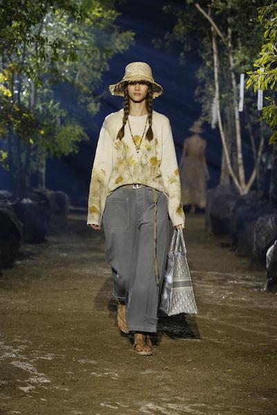 Dior весна-лето 2020 (85999-Dior-SS-2020-10.jpg)