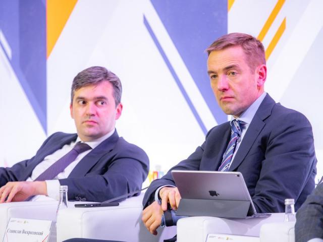 Всероссийский отраслевой форум легпрома организовал Минпромторг (86423-rustekstile-01.jpg)