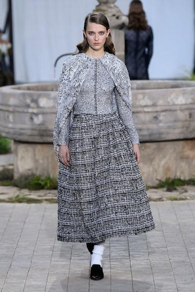 Chanel Haute Сouture весна-лето 2020 (86655-Chanel-Couture-SS-2020-04.jpg)