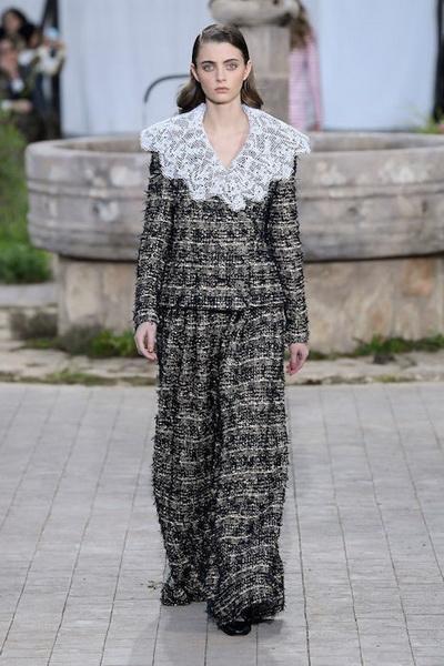 Chanel Haute Сouture весна-лето 2020 (86655-Chanel-Couture-SS-2020-06.jpg)