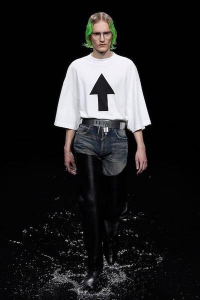 Balenciaga осень-зима 2020 (87026-Balensiagaa-AW-2020-07.jpg)