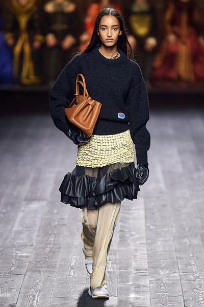 Louis Vuitton осень-зима 2020  (87128-Louis-Vuitton-AW-2020-05.jpg)