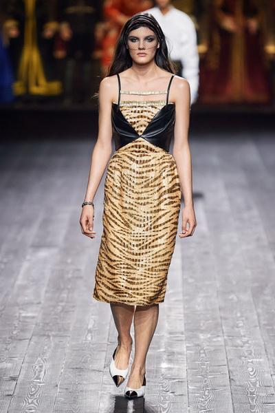 Louis Vuitton осень-зима 2020  (87128-Louis-Vuitton-AW-2020-10.jpg)