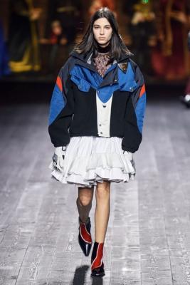 Louis Vuitton осень-зима 2020  (87128-Louis-Vuitton-AW-2020-b.jpg)