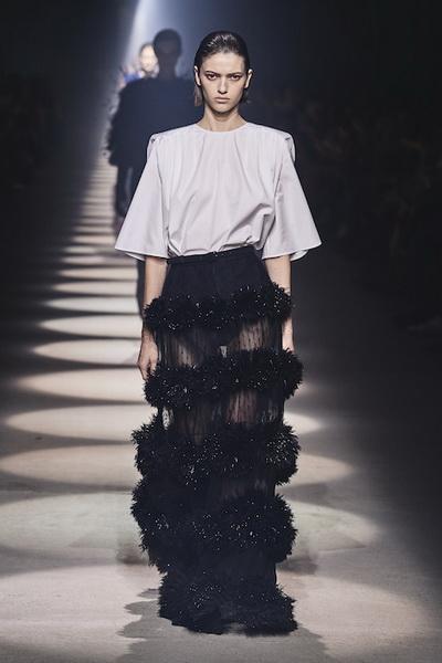 Givenchy осень-зима 2020 (87146-Givenchy-AW-2020-11.jpg)