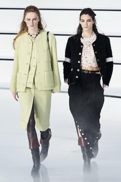 Chanel осень-зима 2020 (87311-Chanel-AW-2020-01.jpg)