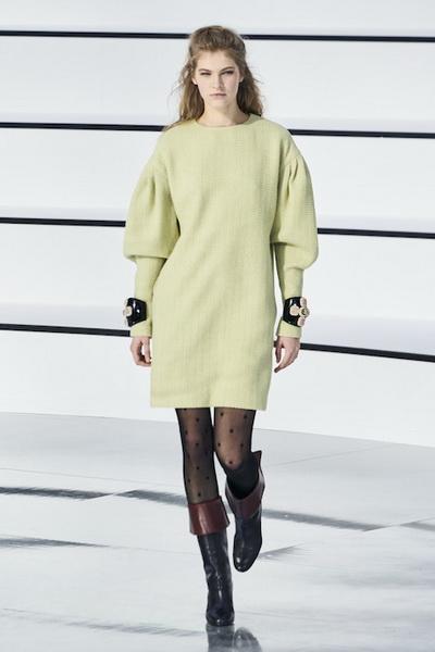 Chanel осень-зима 2020 (87311-Chanel-AW-2020-07.jpg)