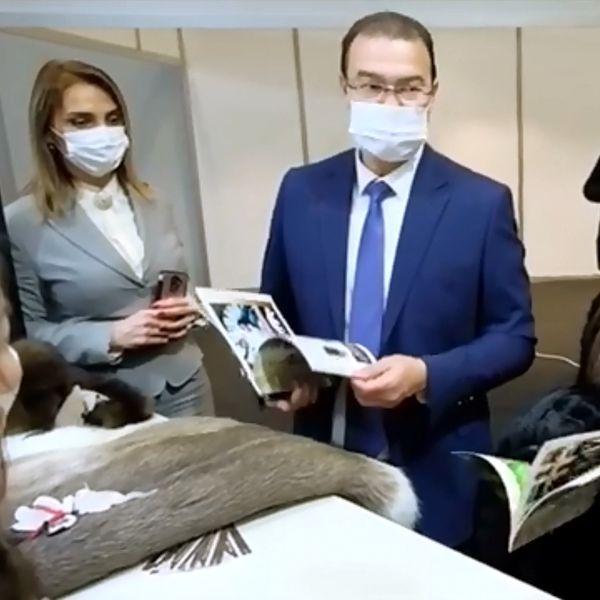 Пять российских кожевенно-обувных компаний показали новинки в Стамбуле (90541-aysaf-stambul-minprontorg-evtuhov-s.jpg)