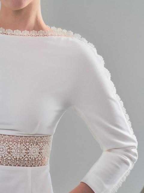 Крестецкая строчка развивает направление женской одежды (90728-krstrochka-04.jpg)