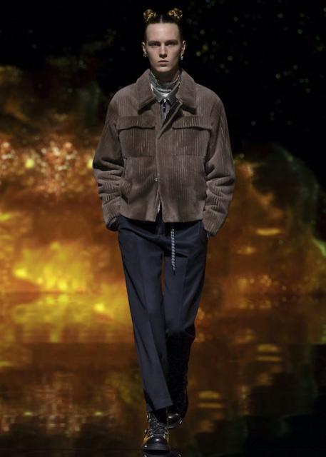Dior Men Pre-Fall 2021  (90750-Dior-Men-Pre-Fall-2021-10.jpg)