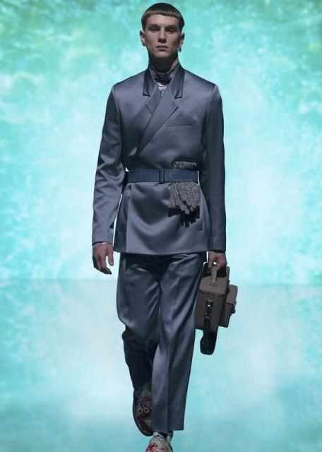 Dior Men Pre-Fall 2021  (90750-Dior-Men-Pre-Fall-2021-12.jpg)