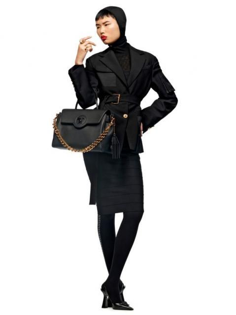 Versace Pre-Fall 2021 (90979-Versace-Pre-Fall-2021-16.jpg)