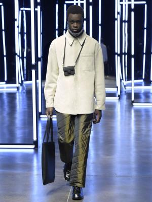 Fendi Menswear осень-зима 2021 (91062-Fendi-Menswear-FW-2021-01.jpg)