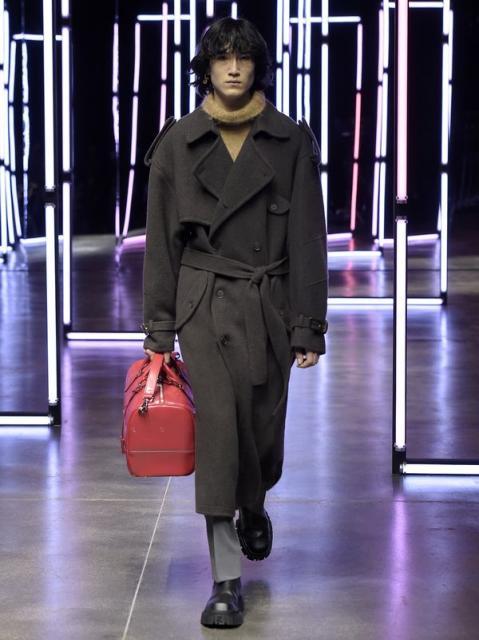 Fendi Menswear осень-зима 2021 (91062-Fendi-Menswear-FW-2021-04.jpg)
