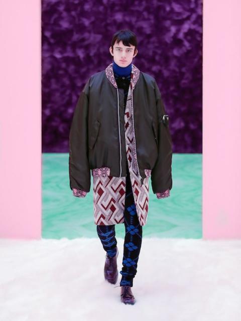 Prada Menswear осень-зима 2021 (91097-Prada-Menswear-FW-2021-07.jpg)