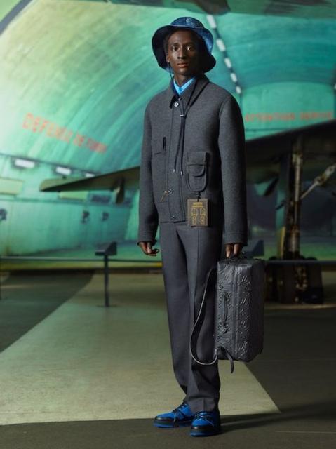 Louis Vuitton Menswear Pre-Fall 2021 (91130-Louis-Vuitton-Menswear-Pre-Fall-2021-02.jpg)