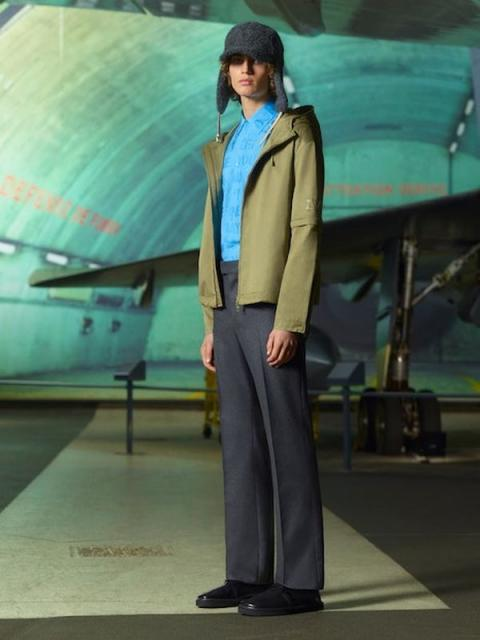 Louis Vuitton Menswear Pre-Fall 2021 (91130-Louis-Vuitton-Menswear-Pre-Fall-2021-08.jpg)