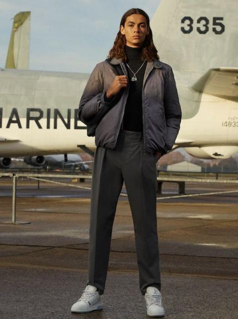 Louis Vuitton Menswear Pre-Fall 2021 (91130-Louis-Vuitton-Menswear-Pre-Fall-2021-09.jpg)