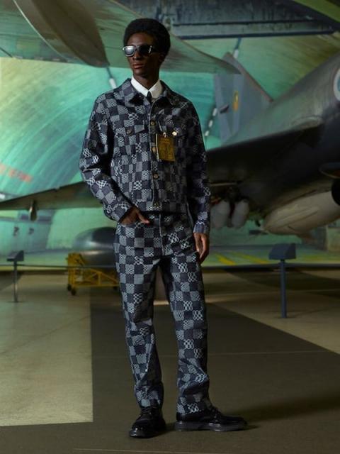 Louis Vuitton Menswear Pre-Fall 2021 (91130-Louis-Vuitton-Menswear-Pre-Fall-2021-10.jpg)