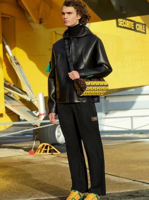 Louis Vuitton Menswear Pre-Fall 2021 (91130-Louis-Vuitton-Menswear-Pre-Fall-2021-11.jpg)