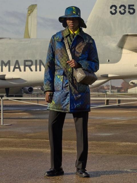Louis Vuitton Menswear Pre-Fall 2021 (91130-Louis-Vuitton-Menswear-Pre-Fall-2021-13.jpg)