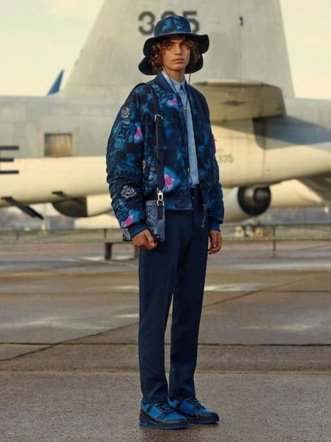 Louis Vuitton Menswear Pre-Fall 2021 (91130-Louis-Vuitton-Menswear-Pre-Fall-2021-b.jpg)