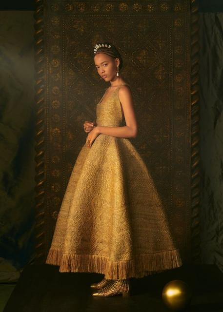 Dior Couture весна-лето 2021 (91207-Dior-Couture-2021-04.jpg)