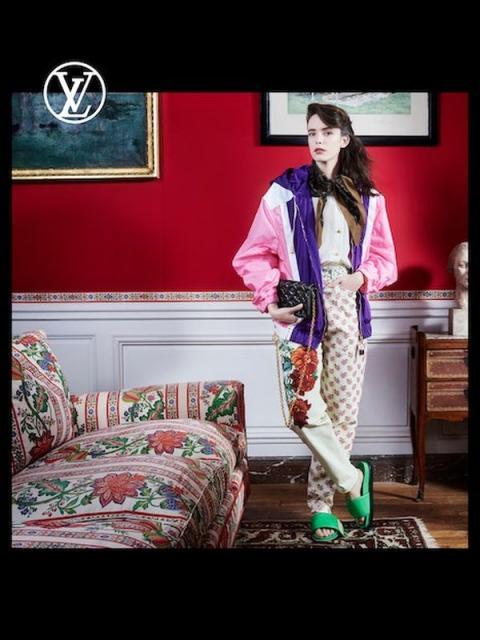 Louis Vuitton Pre-Fall 2021 (91240-Louis-Vuitton-Pre-Fall-2021-03.jpg)