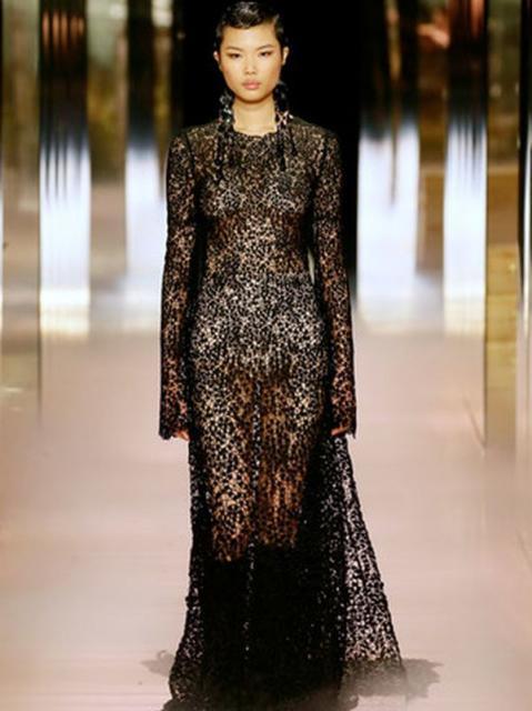 Fendi Couture весна-лето 2021 (91284-Fendi-Couture-SS-2021-04.jpg)