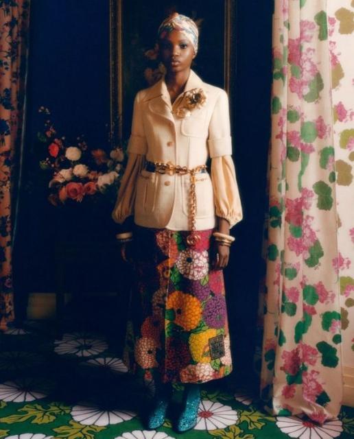 Новая коллекция Gucci в цветочных узорах (91392-Gucci-Cwetochnaya-Kollekciya-2021-07.jpg)