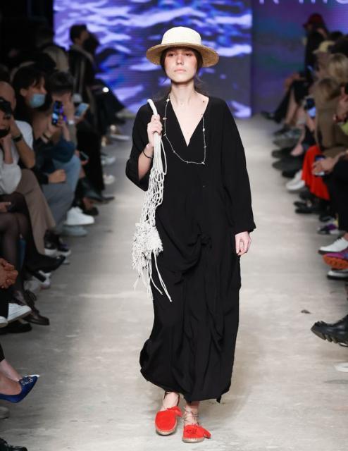 K TITOVA на Mercedes-Benz Fashion Week (92209-K-Titova-Na-MBFW-2021-02.jpg)