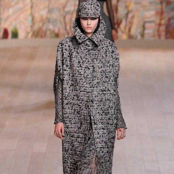 Dior Couture осень-зима 2021/22 (92947-dior-couture-fw-2022-s.jpg)