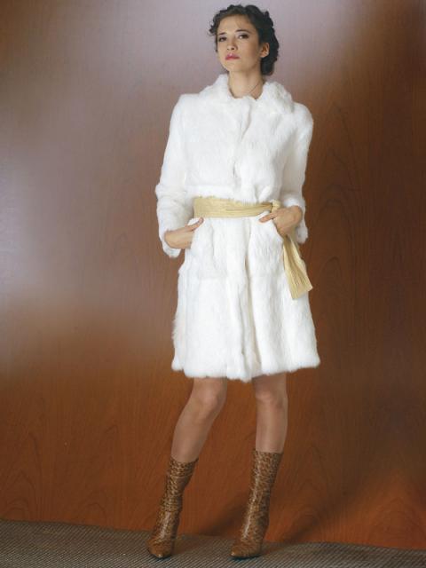 Журнал «Шитье и крой» (ШиК) № 02/2006. Модель 1. Пальто из меха кролика.